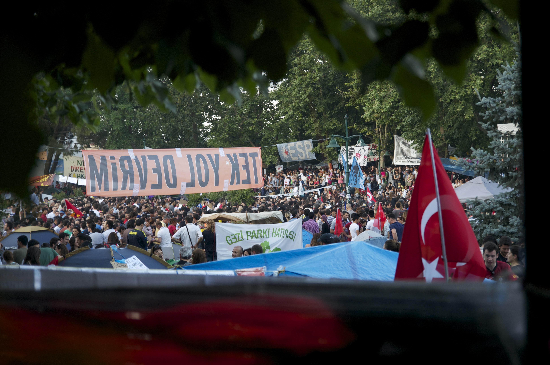 Menschenmeer im Gezi Park.